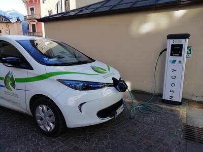 Il gruppo ACSM rinnova le stazioni di ricarica per veicoli elettrici